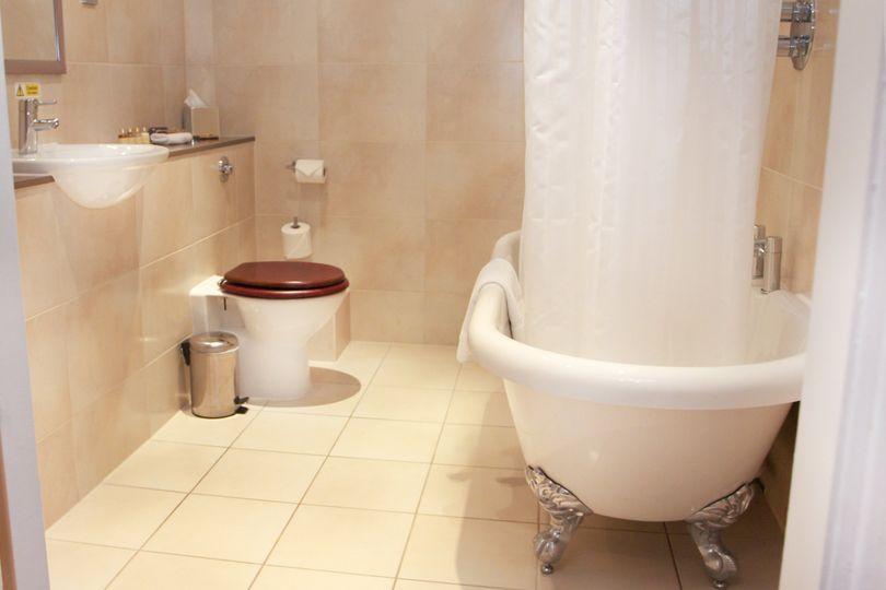 Bridal Suite En-Suite Bathroom