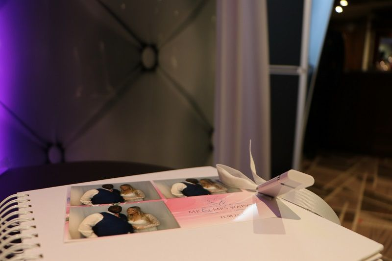 Guest book example