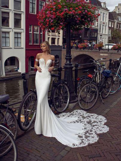 Kylie wedding dress