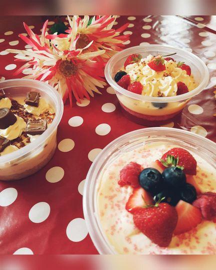 dessert pots 4 105974 159534343911458