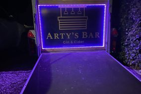 Arty's Bar