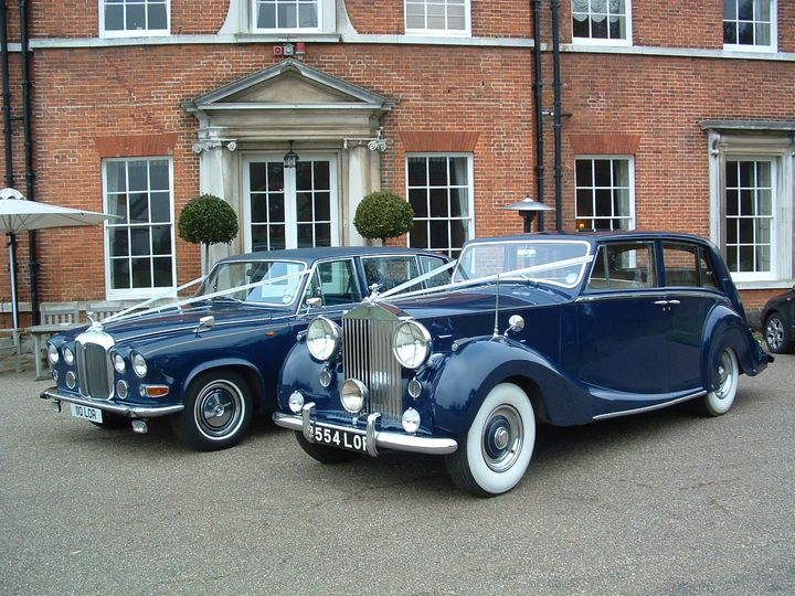1952 Rolls-Royce Silver Wraith & matching 7 Seater Daimler Limousine