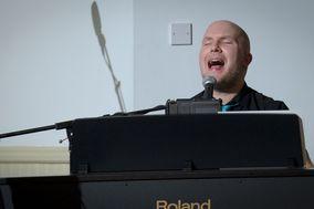 Piano Player Newcastle