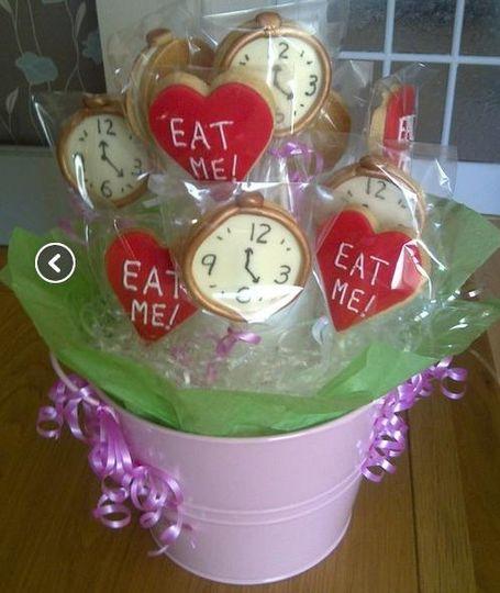 12 designer cookies