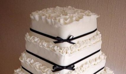 Truly Scrumptious Cakes 1