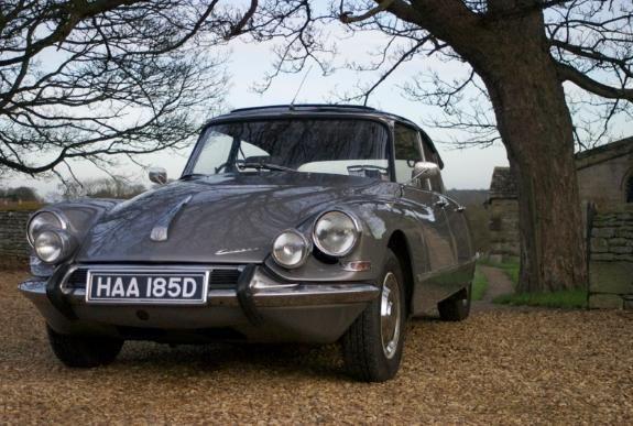 Classic Citroen wedding car