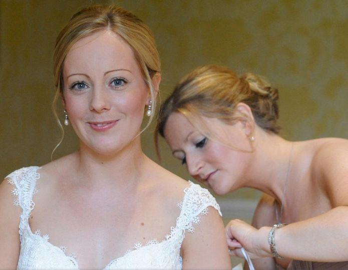 Light bridal makeup