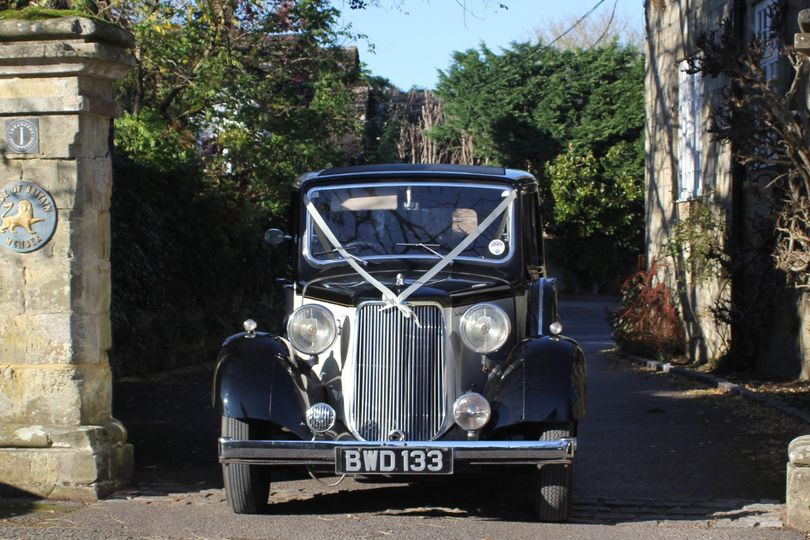 Cars and Travel Sussex Vintage Wedding Cars 4