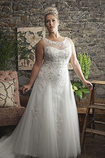 Callista Range for Brides with Curves3