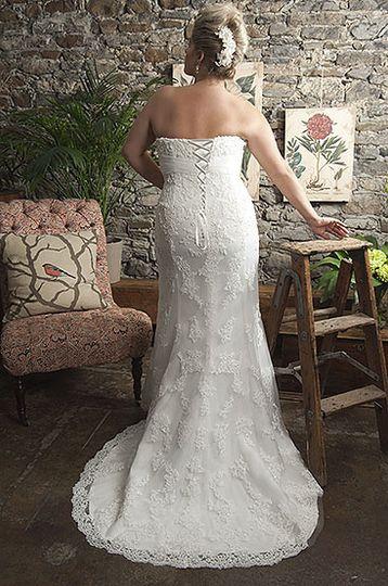 Callista Range for Brides with Curves5