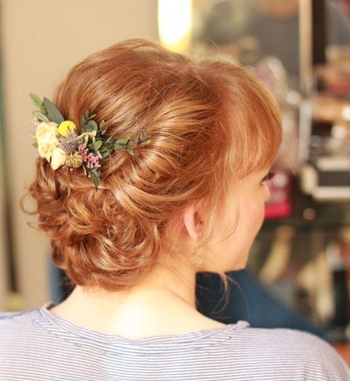 Beauty, Hair & Make Up Hair and Make-up 4 u by Amanda Roberts 104