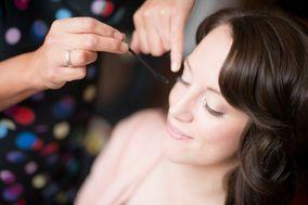 Amanda Roberts Hair & Makeup