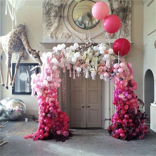 Decorative Hire Bubblegum Balloons 1