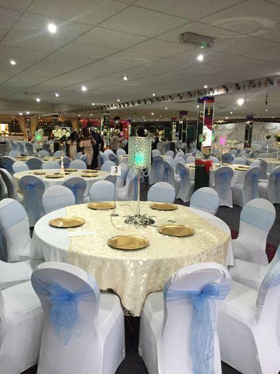 Well deco hall setting