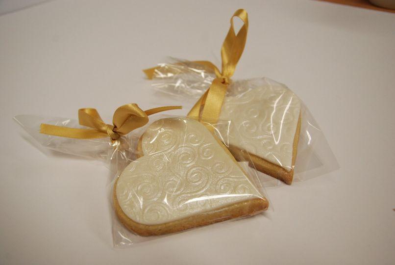 Vanilla medium heart cookies