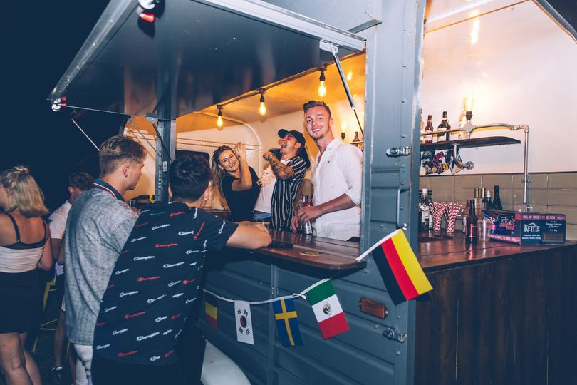 Mobile Bar Services Bottoms Up Bar 12