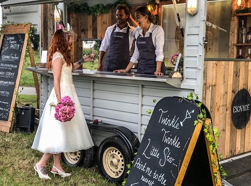 Your horsebox wedding bar