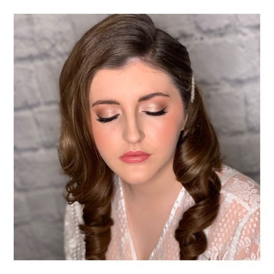 Beauty, Hair & Make Up Cambridge Makeup Artist 78