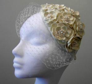 Flower & pearl headpiece