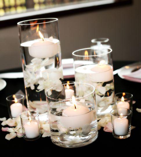 Floating candels