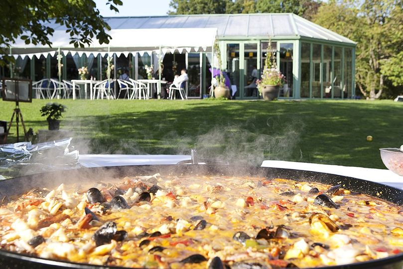 Wedding paella at Ridge Farm