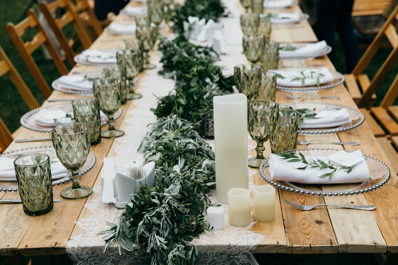 Rustic and refined tablescape