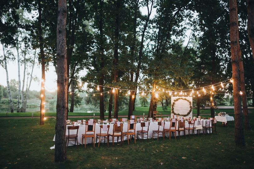 Alfresco wedding reception