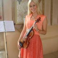 Acoustic violinist