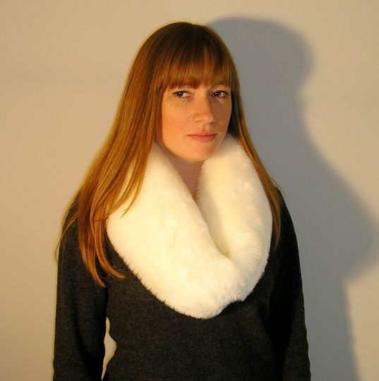 Supersoft Ivory-white Snood