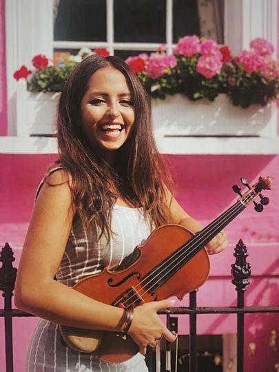 Solo Violinist - Asal