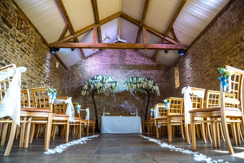Dodford Manor Barn Wedding Venue_Rustic Threshing Barn civil ceremony barn wedding venue east...