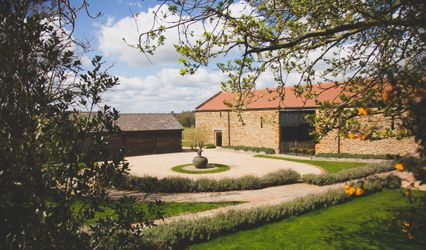 Dodford Manor - Barn Wedding Venue 1