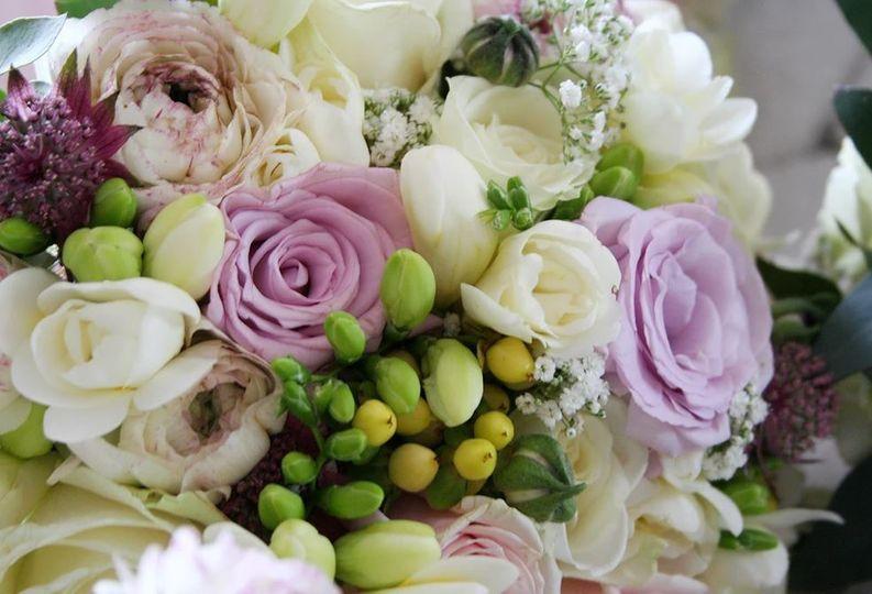 blooms flowers florist 8 4 116597