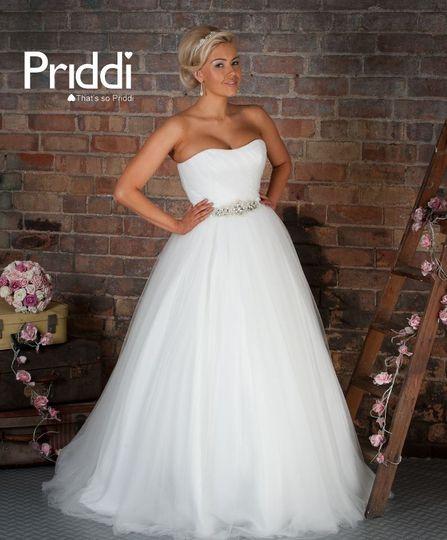 Bridal designer shoot