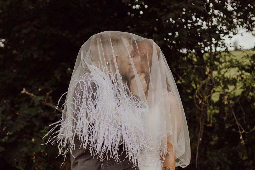 Under a Rhea veil