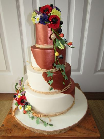 Copper lustre wedding cake