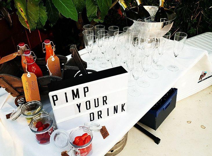 'Pimp your drink' station