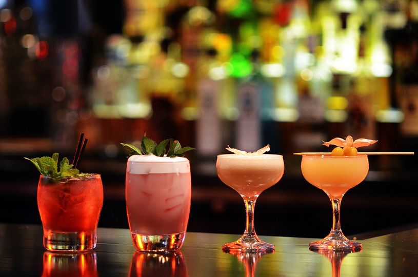 Craft cocktails made to order