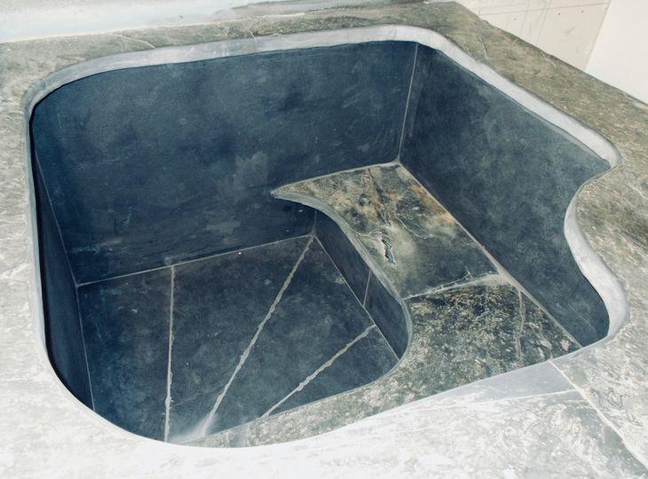 Ensuite Roman bath.
