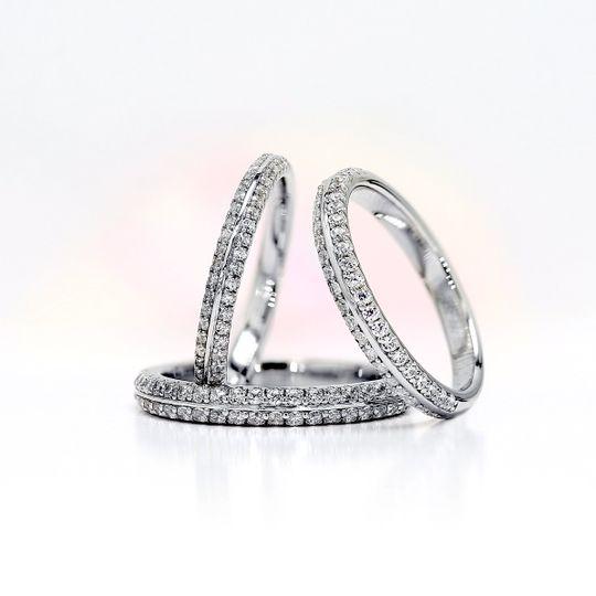 AVA Knife edge diamond rings