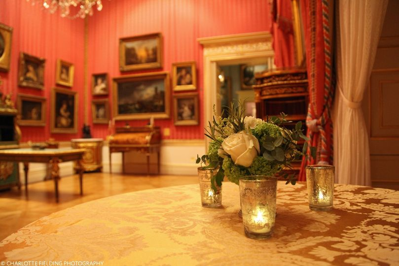 The Boudoir: another gorgeously silk-lined gallery, ideal for photos