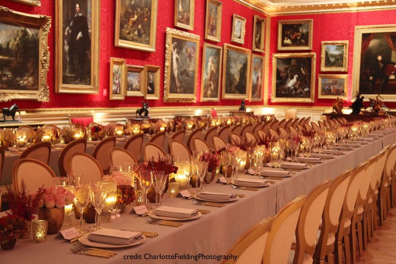 A breathtaking dinner in the Great Gallery - with an after party in the Courtyard
