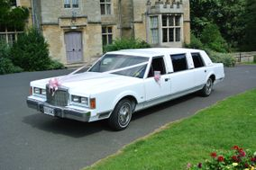 Charlies Classic Limousine Hire