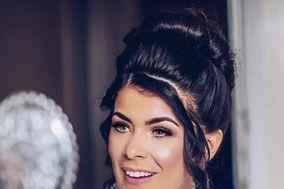 Sara Dymond Makeup Artist
