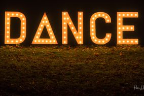 Light-up DANCE sign