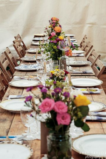 Place settings and table decor - Abby Taylor Photography