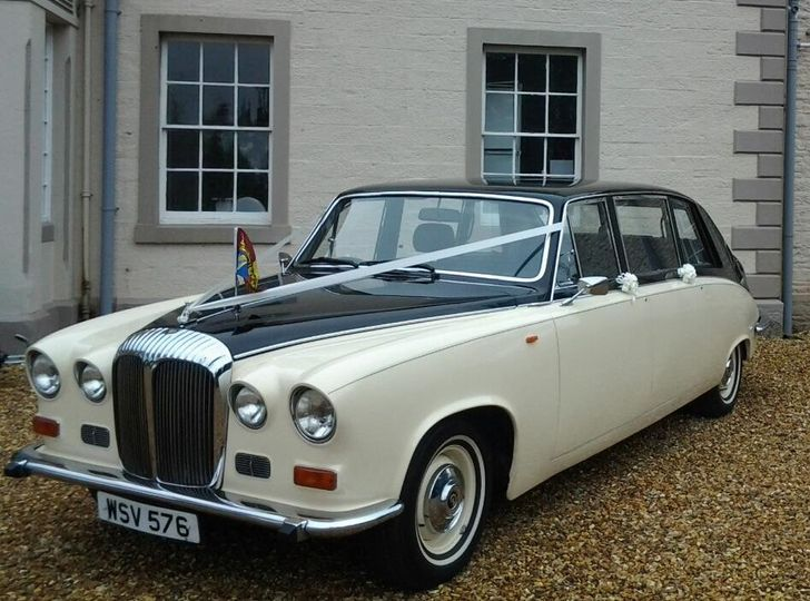 Black & Ivory Daimler Limo