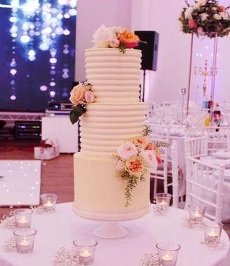 Ivory Ridged Buttercream Cake