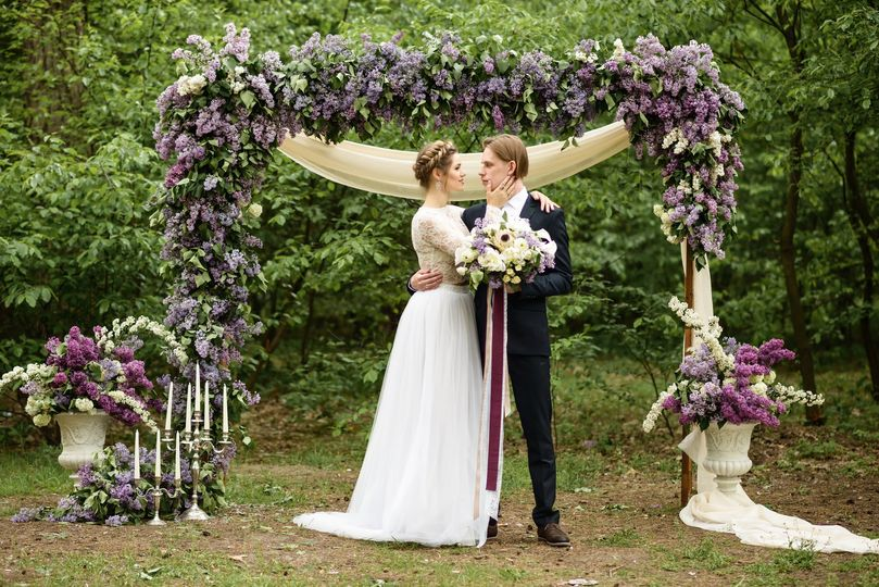 Wedding couple and floral decor