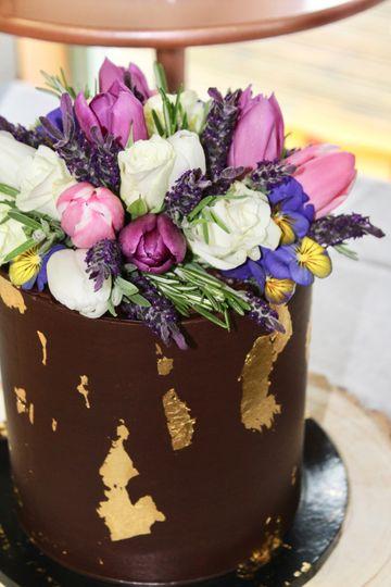 Fresh Flowers Ganache Cake